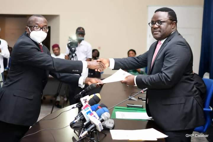 AYADE INAUGURATES COMMITTEE TO RESOLVE AGE LONG BOUNDARY DISPUTES IN ABI FOUR COMMUNITIES.