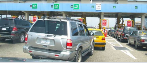 FG. APPROVES PRIVATE MANAGEMENT OF HIGHWAYS AS NIGERIANS WILL COMMENCE TOLL PAYMENT.